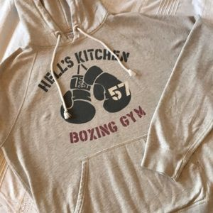 """Grey """"Hell's Kitchen Boxing Gym"""" graphic hoodie"""